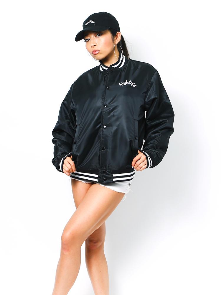 027-black-model1