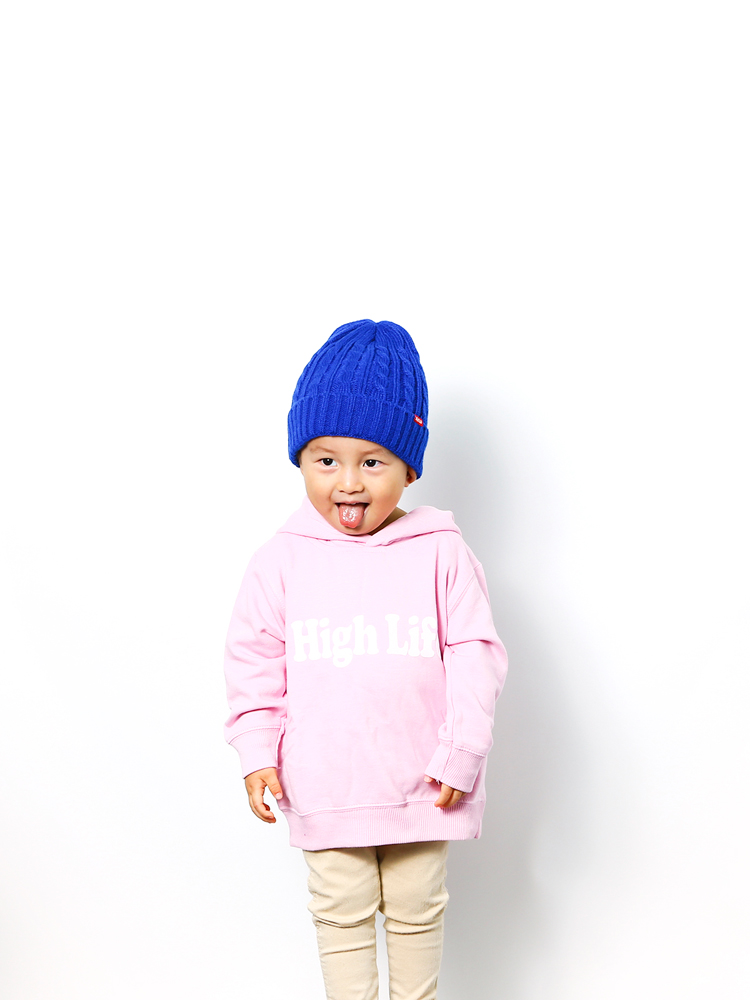 033-pink-model1