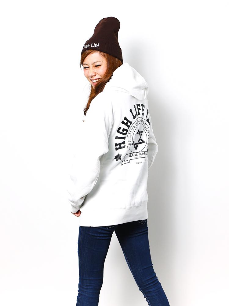 012-white-model3